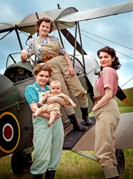 Land Girls image