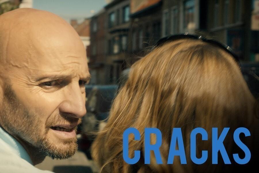 Cracks image