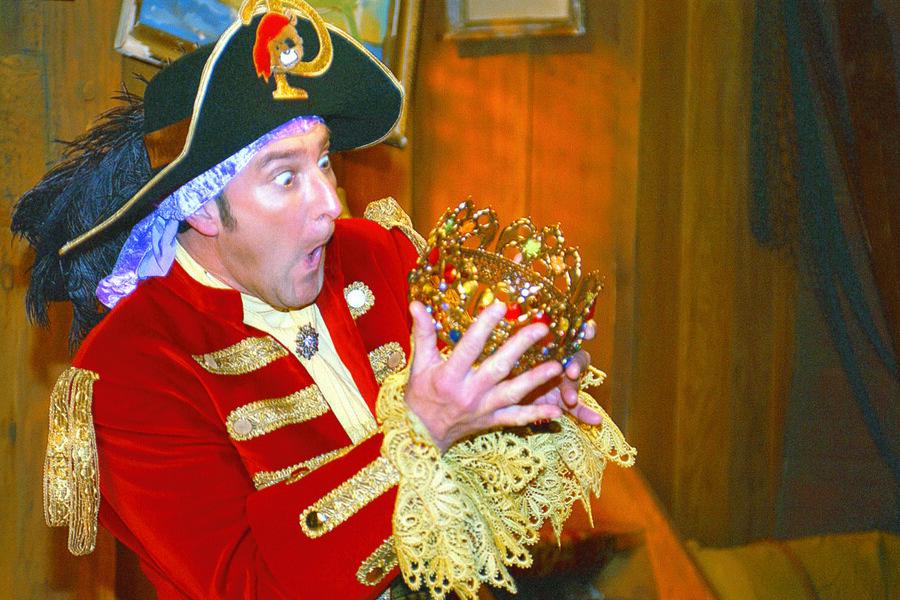 Piet Piraat en de betoverende kroon image