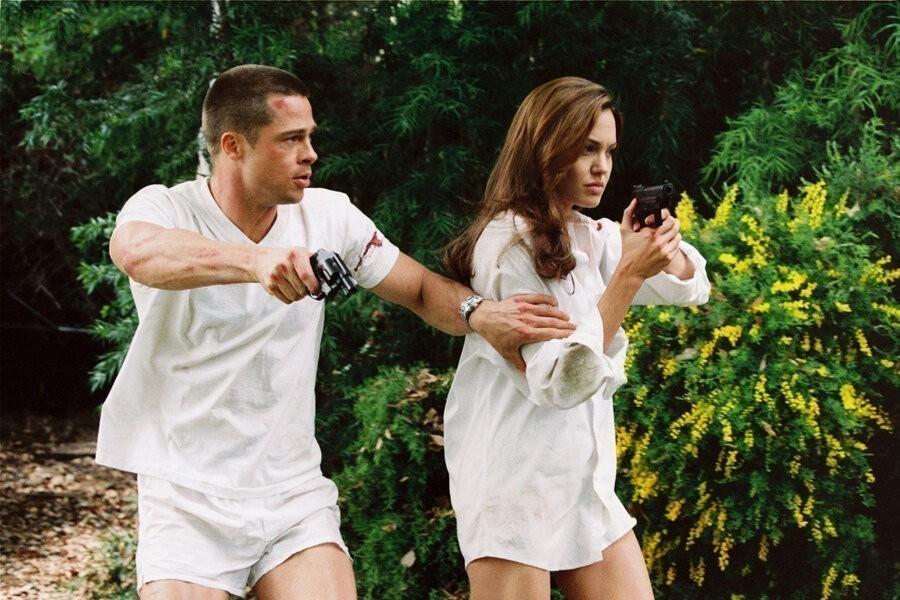 Mr. & Mrs. Smith image