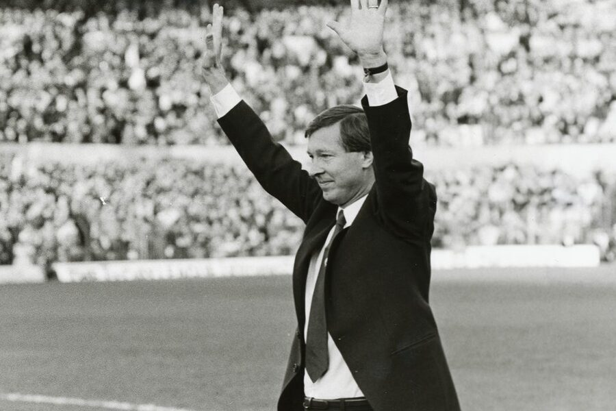 Sir Alex Ferguson: Never Give In image