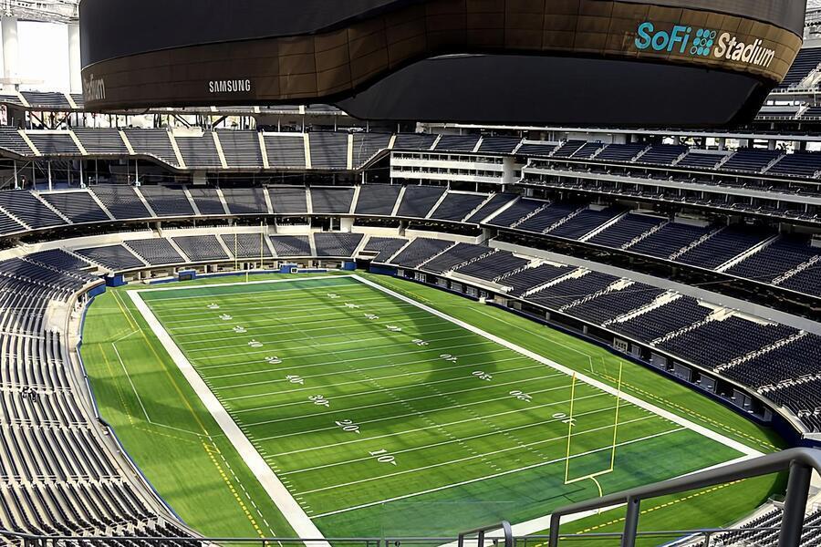 De bouw van 's werelds grootste stadion image