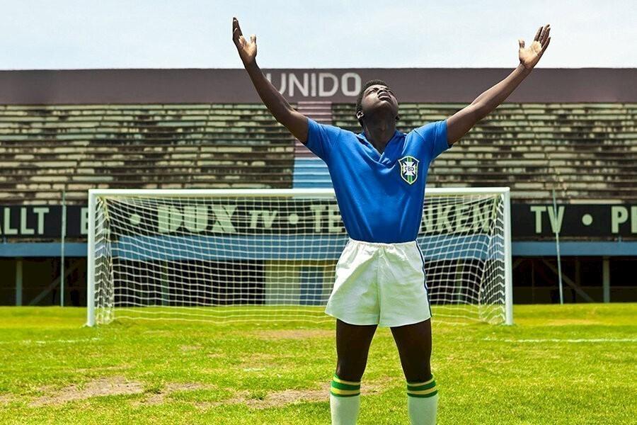 Pelé: Birth of a Legend image