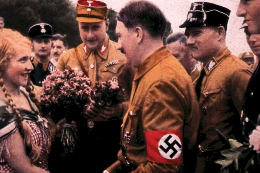 World War II in Colour image