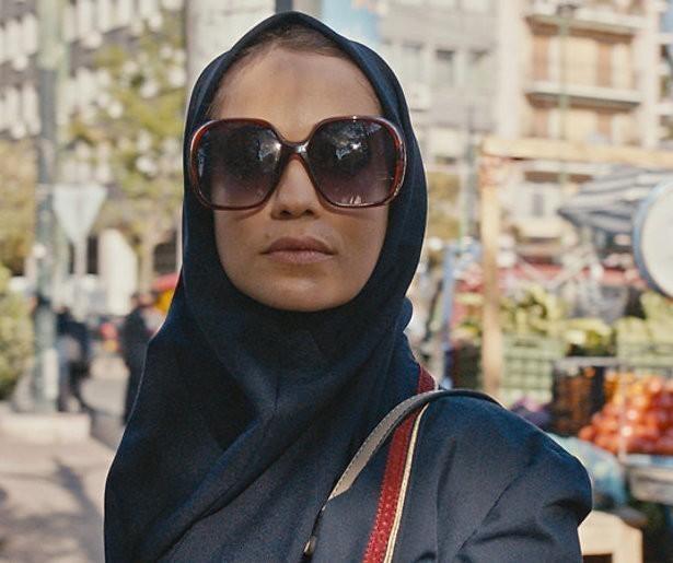 Streamen of Overslaan: Spionage-serie Tehran op Apple TV+